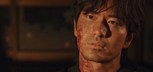 Lee Jin-Wook sebagai preman yang bernama Pueon Sang Wook : Review Drama Korea Sweet Home