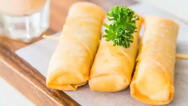 Cheese Egg Roll: If you love the eggs, You going to love this dish