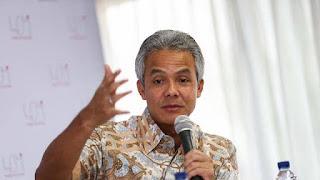 Gubernur Ganjar Bakal Cabut Izin Sekolah yang Gaji Gurunya di Bawah UMK