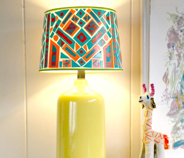 DIY Εντυπωσιακό Καπέλο Φωτιστικού με πολύχρωμα σχέδια