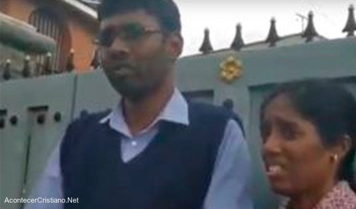 Pareja de cristianos Leo Johnson y Jenifa en India