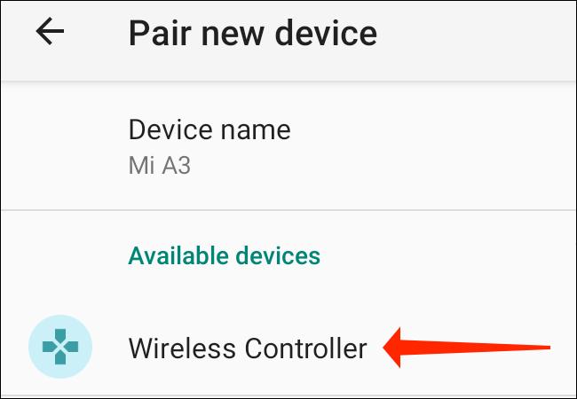 """في صفحة """"إقران جهاز جديد"""" بهاتف Android في الإعدادات ، حدد """"وحدة التحكم اللاسلكية"""" ضمن """"الأجهزة المتاحة""""."""