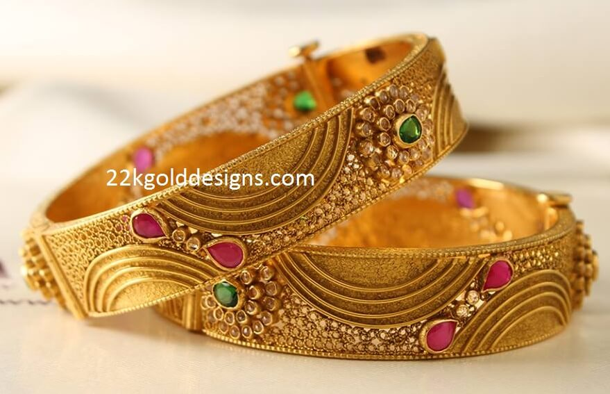 Broad Bangles Archives - Page 6 of 17 - 22kGoldDesigns