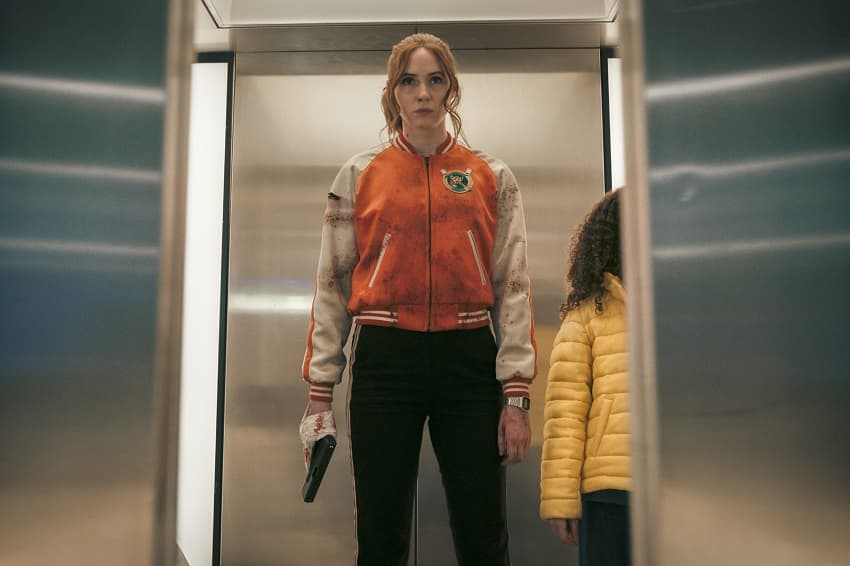 Netflix купил права на премьеру боевика «Пороховой коктейль» с Карен Гиллан