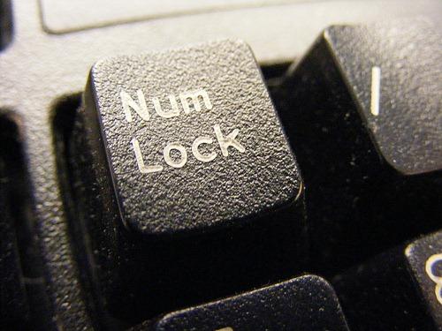 Como ativar a tecla Num Lock na inicialização de distribuições baseadas no Debian e Red Hat!
