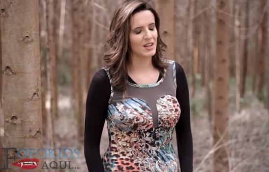 Cantora evangélica vira garota de programa e posta vídeos