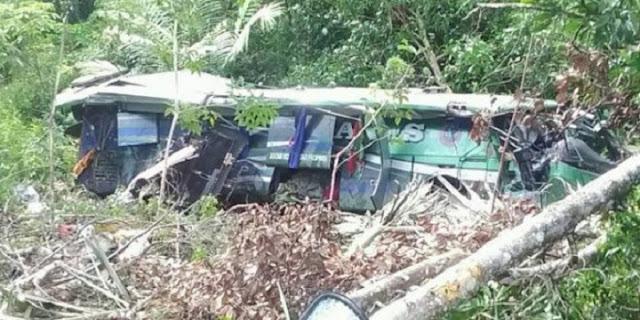 Kecelakaan Bus ALS