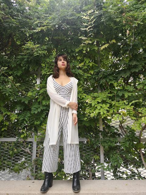 https://sweetdreamofarosefashionblog.blogspot.com/2018/11/stripes-stripes-stripes.html