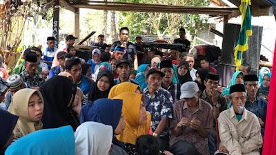 Warga Malino Curhat ke Darmawangsyah Muin