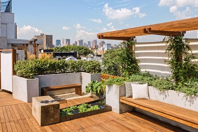 taman hijau di rooftop