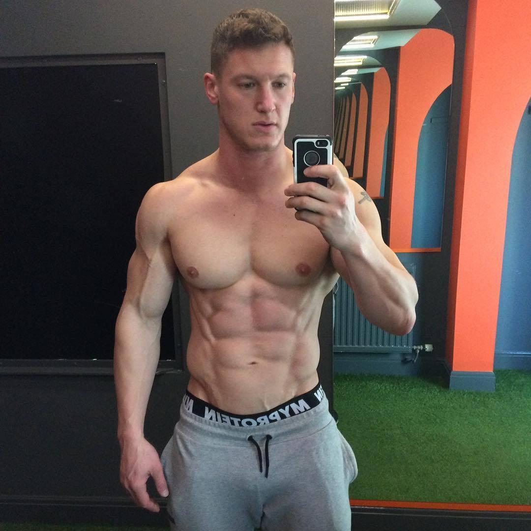 handsome-muscular-shirtless-gym-dad-selfie