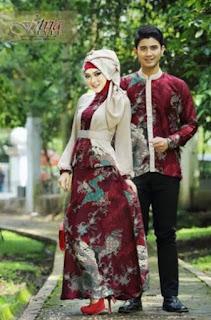 Busana batik muslim modis untuk pasangan