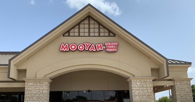 MOOYAH has Family Friendly Meals (Vegans Included) + Free Delivery for the Rest of the Month!         ~          Dallas Mom Blog and Fort Worth Mom Blogger: Trendy Mom Reviews