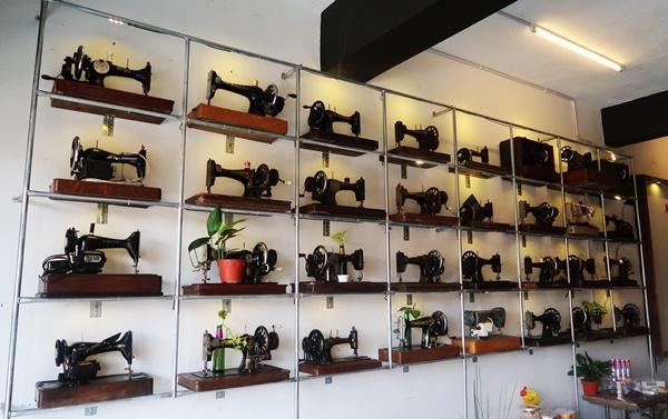 Karat England Cafe Tanah Merah Kelantan