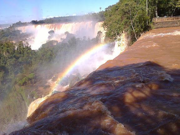Iguazu Watervallen bij Brazilië, Argentinië en Paraguay