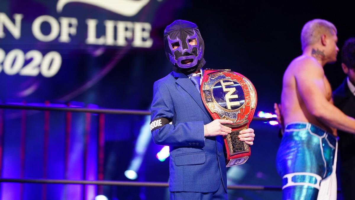 Brodie Lee Jr planeja se tornar um lutador