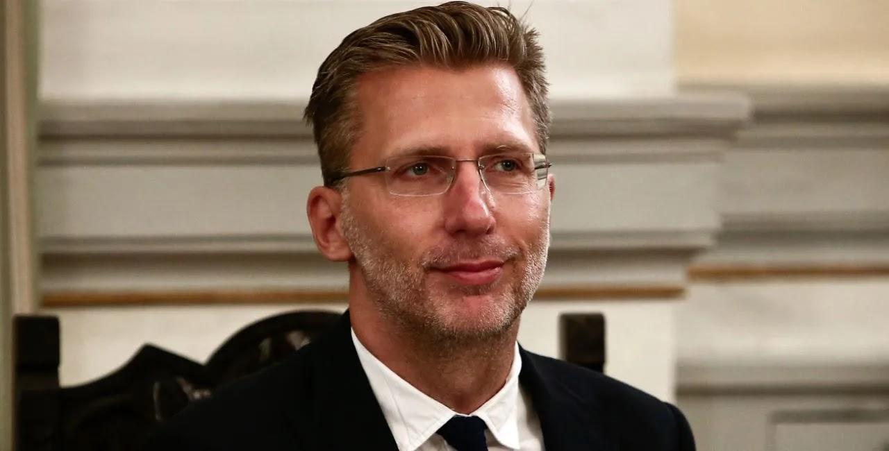 Σκέρτσος:«Ετοιμάζουμε κυρώσεις στους ανεμβολίαστους- Θα περιορίσουμε τη διασκέδαση, εργασία» & την κοινωνική ζωή τους»