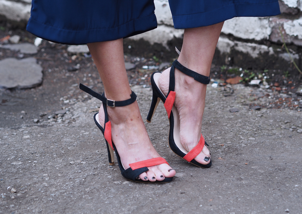 Little Mistress Heels on the Rock On Holly blog