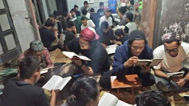 Suasana Belajar Ngaji Al-Qur'an di Solo