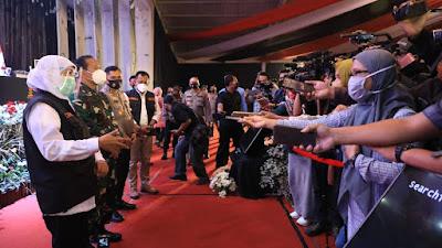 Khofifah Kumpulkan Bupati/Walikota, Dandim dan Kapolres, Forkopimda Jawa Timur  Rapatkan Barisan Percepat Penanganan Covid-19