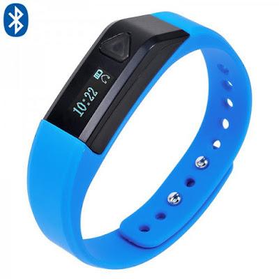 Le bracelet connecté, compagnon idéal des sportifs, enregistre vos performances et surveille votre santé