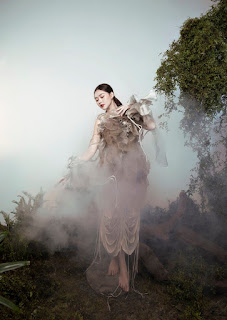 Á hậu Tường San hóa 'Hằng Nga', đẹp ma mị trong bộ ảnh mới dịp Trung thu
