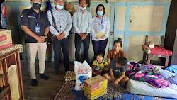 KMM Cabang Parbaba Beri Bantuan Kepada Korban Pohon Tumbang di Kecamatan Sitiotio