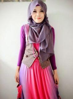 Model Baju Muslim Untuk Artis Modern