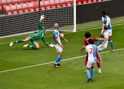 Tin HOT bóng đá sáng 12/6: Liverpool đại thắng Blackburn trước ngày tái xuất