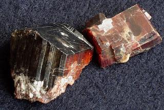 Manganotantalita, mineral de nióbio
