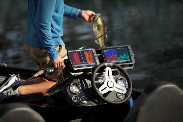 Menos tempo de procura, mais tempo de pesca com os transdutores Garmin GT36UHD-TM e GT56UHD-TM