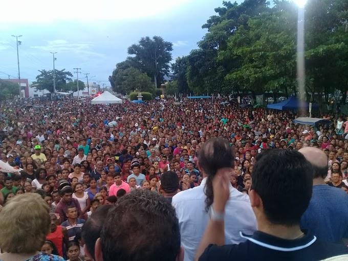 Ex-Deputado Estadual José Gentil mantém tradição e atrai 30 mil pessoas na maior Festa das Mães em Caxias