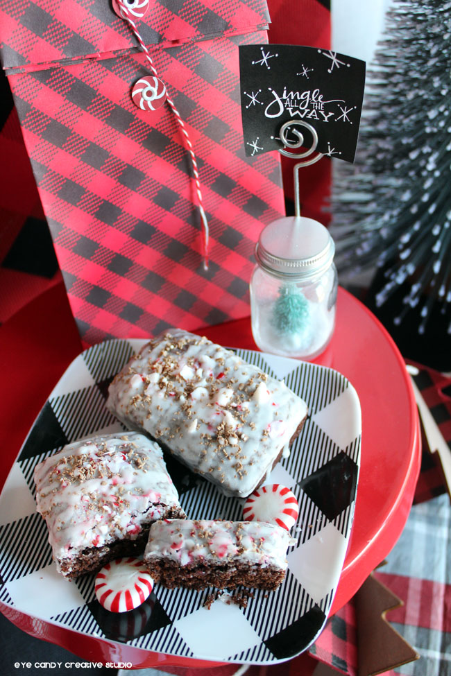 peppermint mocha bread recipe, christmas decor, holiday bread, plaid