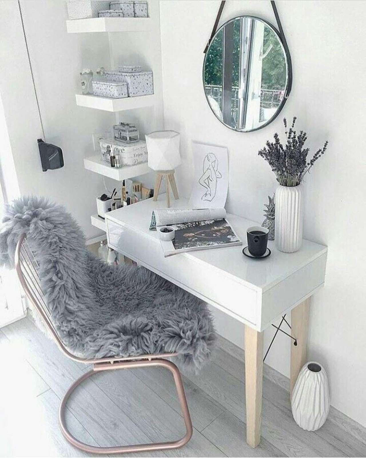 cozy home office idea for girls that will make you enjoy work time
