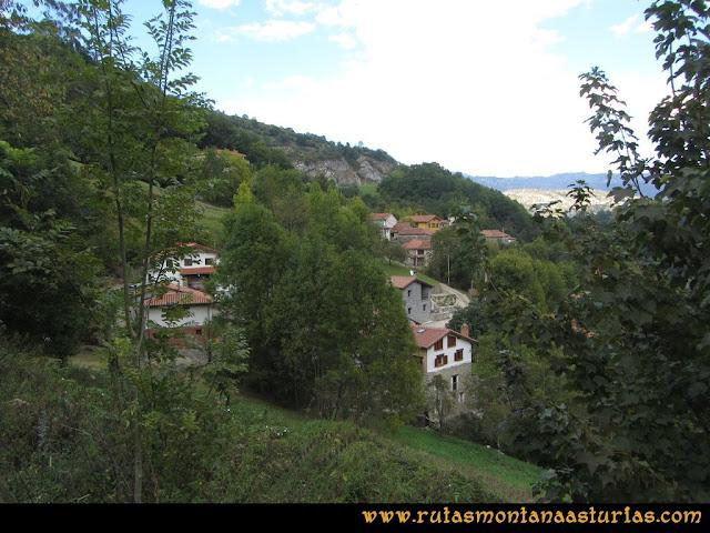 Ruta al Cabezo Llerosos desde La Molina: Llegando a la Molina