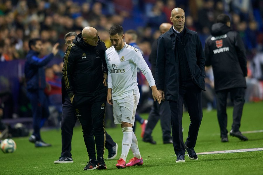 Eden Hazard Limps Off Injured AGAIN Ahead Of Real Madrid Vs Manchester City (Details)
