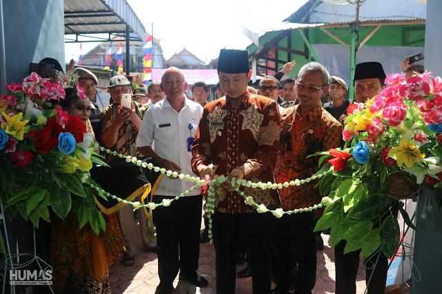 Beri Kemudahan Kepada Masyarakat, Bupati Trenggalek Launching Pelayanan Adminduk di Tiga UPT