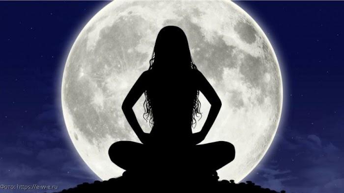 8 апреля Полнолуние – астрологи дают шанс на исполнение желаний и рассказывают, как их загадывать правильно