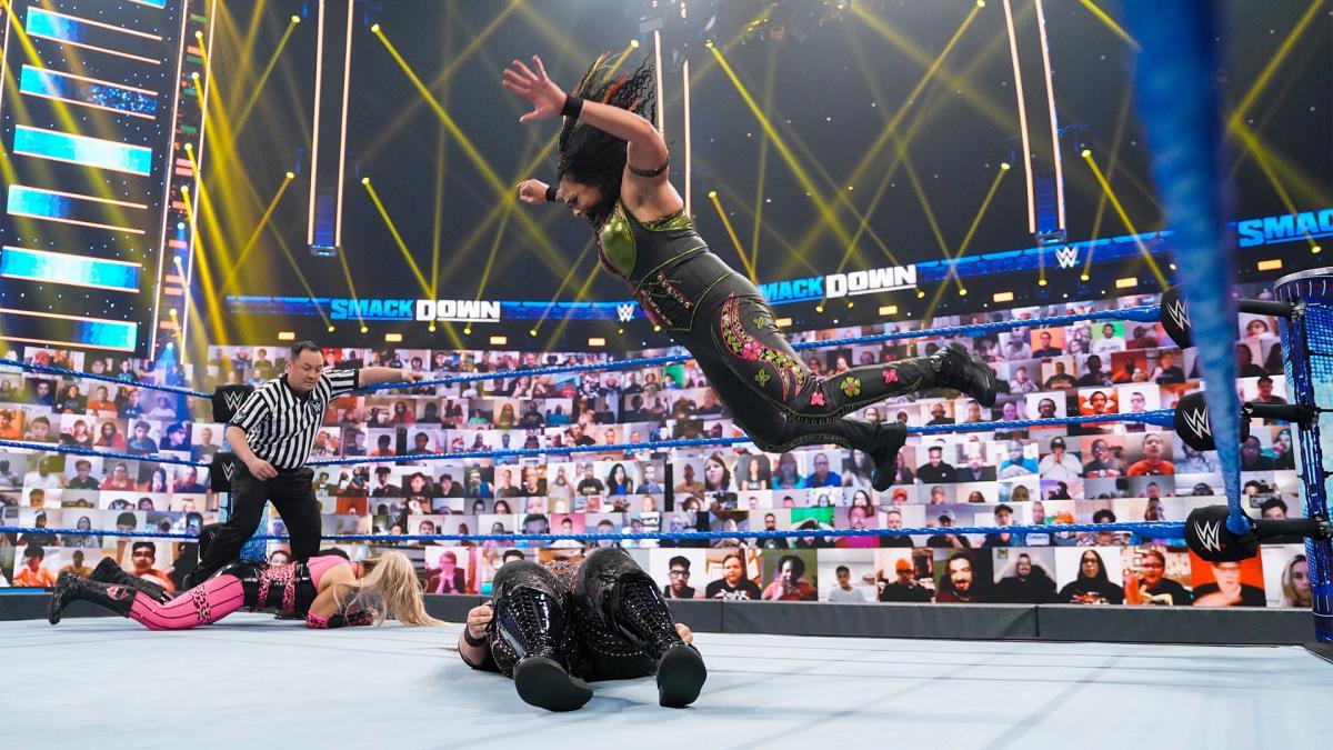 Estrelas da WWE reagem ao primeiro título de Tamina