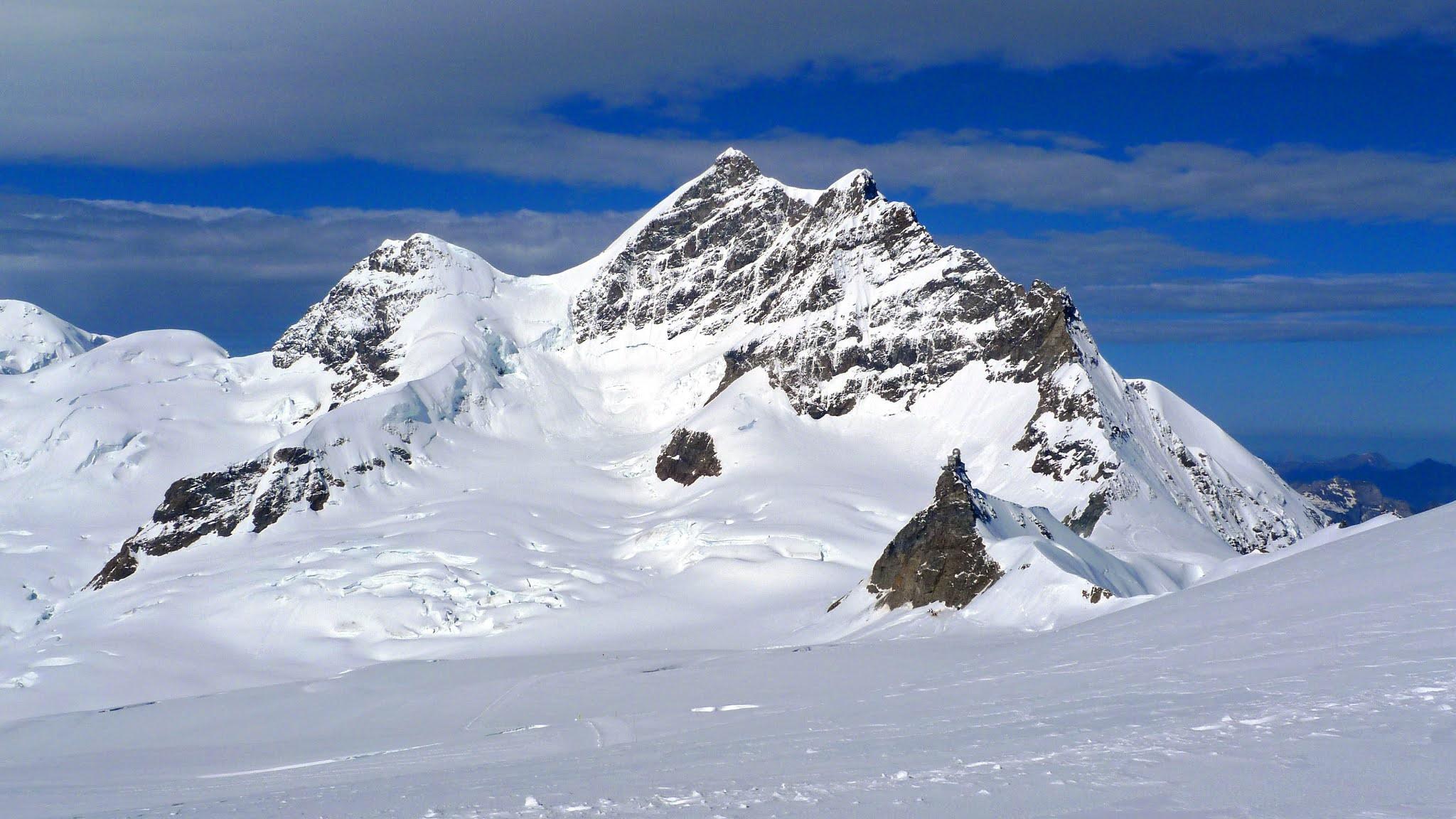 горы Гамбурцева в Антарктиде