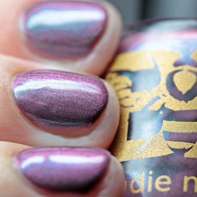 Bee's Knees Lacquer Little Spill