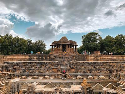 मोढेरा सूर्य मंदिर पर्यटक स्थल बारे में जानकारी - Modhera Sun Temple Tourist Place In Hindi
