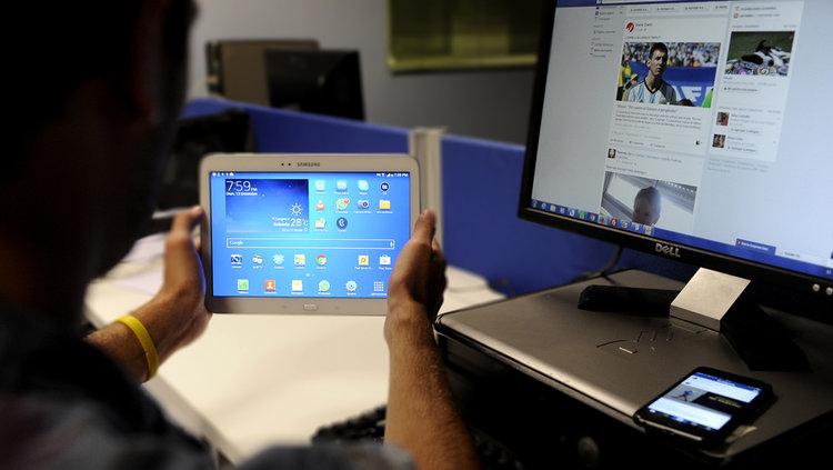 Creció el uso de internet un 65% en abril y superó al consumo de televisión