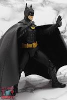 S.H. Figuarts Batman (1989) 17