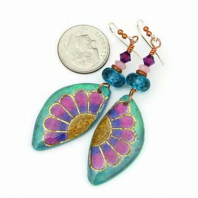 lightweight daisy flower earrings for her