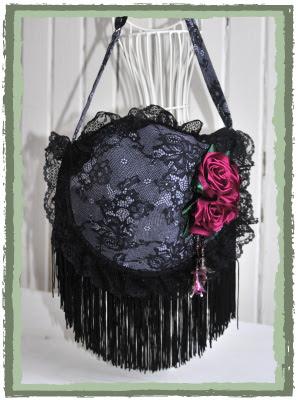 175d826df295 Video - Come fare una borsetta da un reggiseno | donneinpink magazine