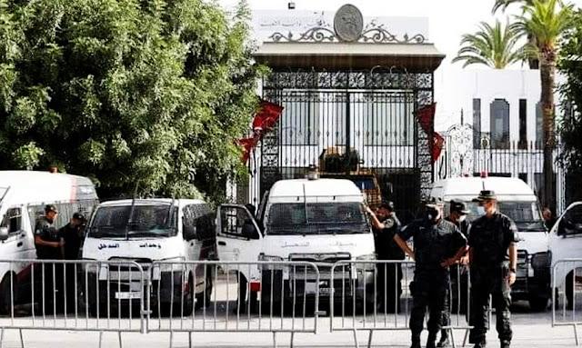 تعزيزات أمنية كبيرة بمحيط البرلمان