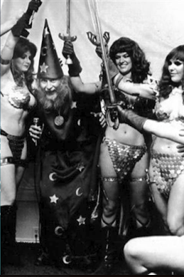 Frank Thorne as the Wizard