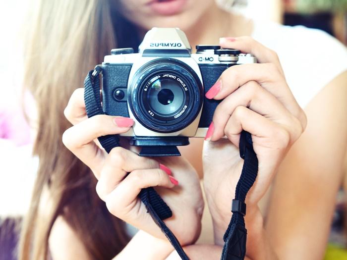 Obiektyw 45 mm. Bloger fotografujący Olympusem.