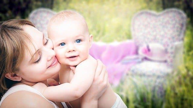 كيف ارفع مناعة طفلي الرضيع،تقوية مناعة الاطفال بالعسل،الاكلات التي تزيد المناعة عند الاطفال،كيفية زيادة المناعة عند الاطفال،اكلات تقوى المناعة.
